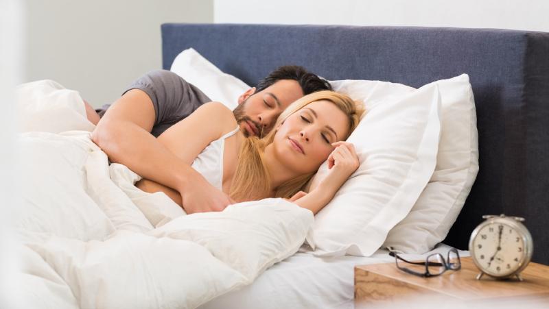 Dormir de conchinha